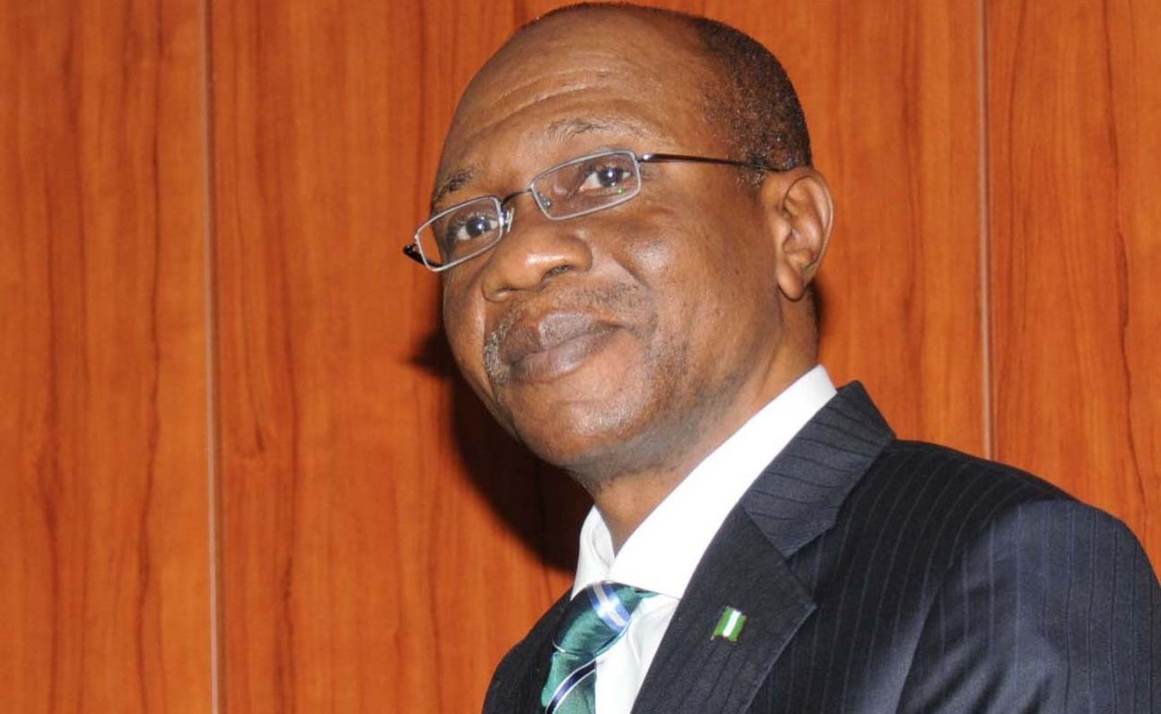 godwin emefiele e1455213126327 - Forex Fraud: CBN justify the suspension of its officials