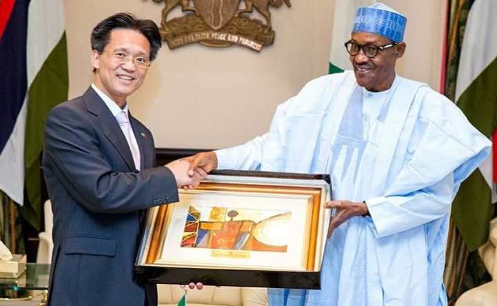 Chinese Envoy and buhari e1464344071934 - Nigeria will always be in my heart – Envoy