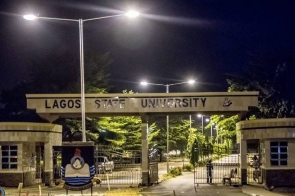 LASU gate 600x400 - INTERVIEW: LASUSU govt. faces suspension over misappropriation of funds