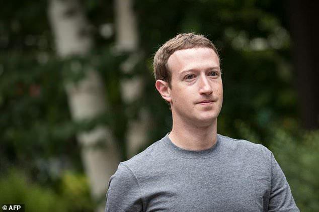 Mark Zuckerberg - Zuckerberg's shine dims as guardian of Facebook users