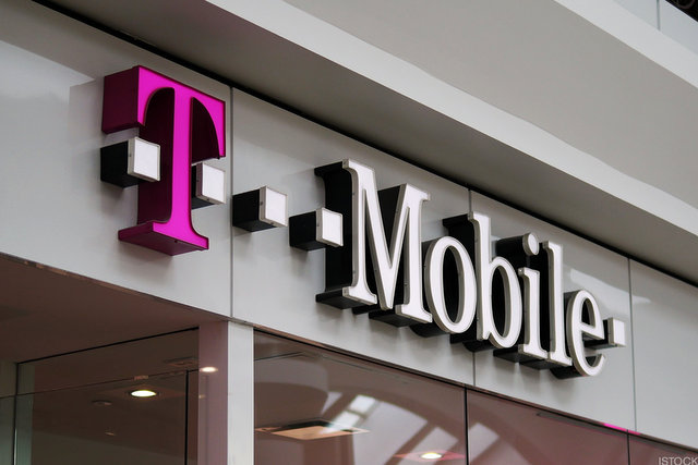 T mobile - T-Mobile adds over 5 million customers in 2017