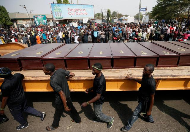 mass burial in Nigeria - Mass burial held for 73 people killed in clash between herdsmen and farmers